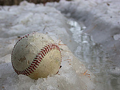 ball-in-the-snow